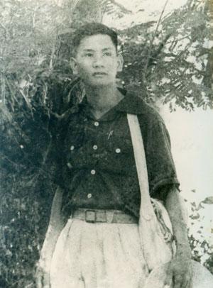 nhung-chuyen-chua-biet-ve-co-nhac-si-pham-the-my-ky-1-cau-hoc-tro-ca-biet_1.jpg